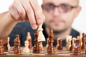 szachy wpływają korzystnie na pamięć